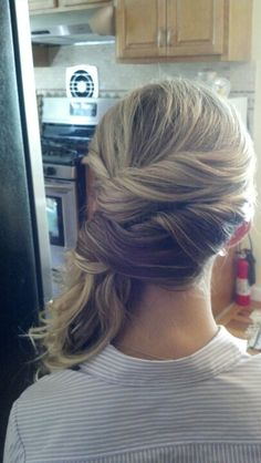 Twisted to the side. Hair: Ashley Stone ashley stone, twisted to the side, side hair, hair idea