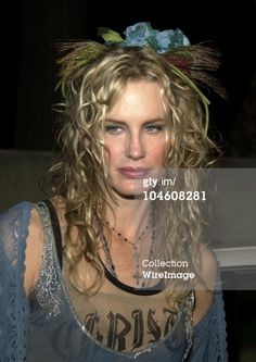 "March 22, 2002 - Vanity Fair & Banana Republic Host ""A Night In White"""