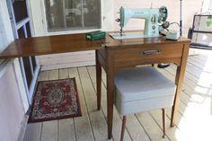 Vintage Singer 15125 Sewing Machine Mint by EleanorMeriwether