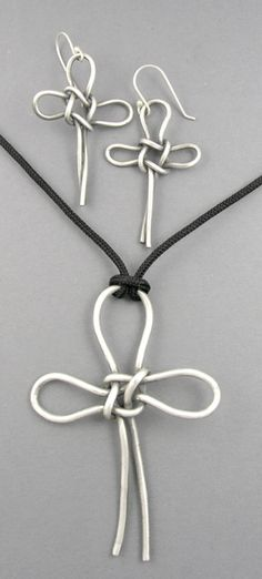 bead, wire knot, metal clay, cross
