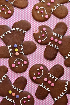 The Perfect Gingerbread Cookie Recipe ~ A dark, robust and spicy gingerbread cookie with a slightly crispy edge and semi-soft center. This cookie dough rolls like a dream and is ideal for cutting gingerbread folk, or any other desired shape.