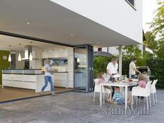 Nana Wall - indoor/outdoor kitchen and dining