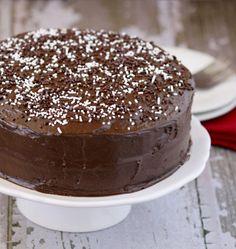 10 Pretty Cake Recipes for Parties