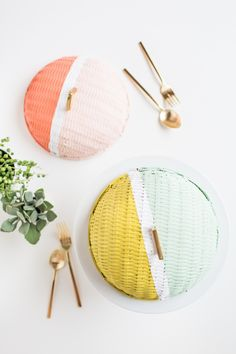 DIY colorblock food domes