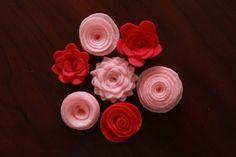 more felt flowers ideas...for my yarn wreath