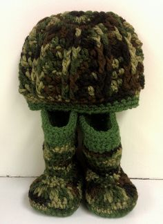 Camo boots and beanie