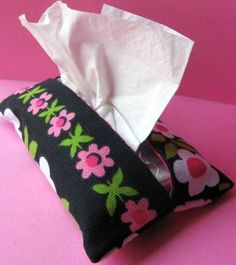 Easy pocket tissue holder tutorial. Great gift or organizing tool as cold and flu season approaches #sew #make #gift #stockingstuffer skiptomylou.org
