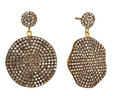 Spice up an evening outfit with these #diamond Petale Earrings! Visit @onekingslane to snag them at a reduced price! #Gioielli #NikkiBaker #OneKingsLane #Luxury #Sale   https://www.onekingslane.com/product/41303/2864249
