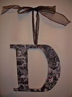 I Made it All By Myself: DYI Crafts Love the idea of making a monogram letter out of family photos!