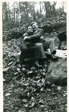 Male Affection in Vintage Photos (click thru for analysis)