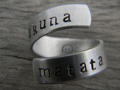 Hakuna Matata ring, i love this!