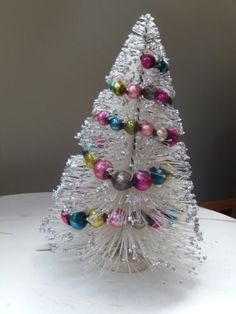 VINTAGE WHITE BOTTLE BRUSH CHRISTMAS TREE WITH MERCURY GLASS GARLAND & GLITTER