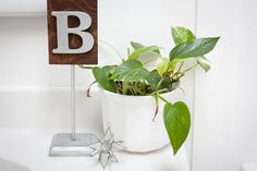 Anthropologie Inspired Inital Stand #letter #DIY