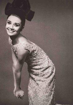 The Beautiful Audrey Hepburn. ♥