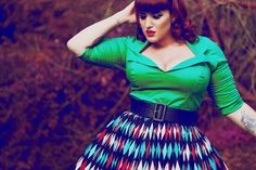 Curves to Kill...love that green