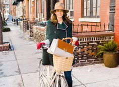 Gorgeous Bag, Gorgeous Bike, Lovely Lady