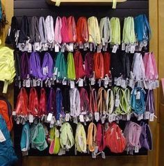 lululemon headbands many diifferent colors to fit the occasiion and the material absorbs the sweat from your head and still allows for the headband to stay on!- caroline m