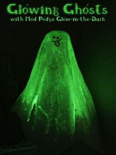 Make  glowing Ghost with Mod Podge Glow-in-the-Dark - Designed by Jen Goode from 100Directions.com #modpodge #decoden #plaidcrafts