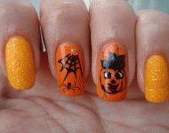 Halloween nails by Mariela Marinova #halloweennails #nails #nailart