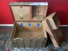 1800s Antique Victorian Dome Top Turtle Back Steamer Trunk.