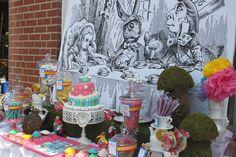 Beautiful Alice in Wonderland dessert table #aliceinwonderland #teaparty #desserttable