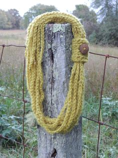 Crochet Chain Scarf with Button