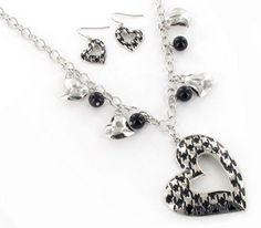 houndstooth necklace and earrings