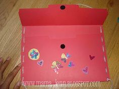 Valentine holder made with a file folder