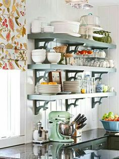 ♥ open shelves in the kitchen