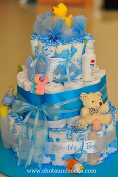 Diaper cakes - the best baby shower gift and how to make your own diaper cakes