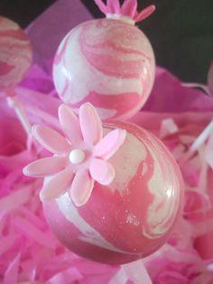 Marbled! #cakepop #cakepops #cake #pink #marble