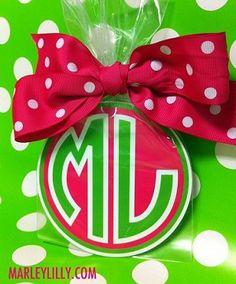 monogram gift, lilli monogram, lilli round, marley lilli, gotta, gifts, car magnet, gift idea, round car