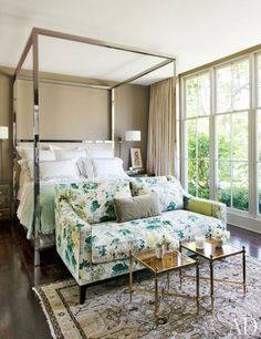 A Glamorous Home in the Hollywood Hills: Master Bedroom