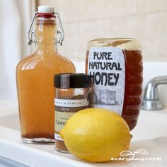 Homemade Cinnamon & Honey Mouthwash for Bad Breath- cinnamon gets rid of odor by killing off odor causing bacteria.