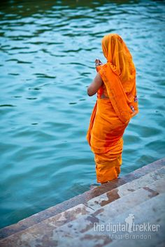 prayers on the Ganges