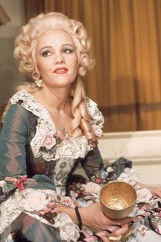 Madeline Kahn (a la Candide)