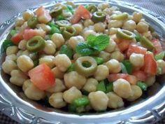 Salada de grão-de-bico - Tudo Gostoso