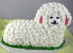 Directions to make a stand up lamb cake. Great DIY cake idea for Easter or a baby shower!