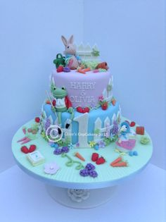 Beatrix Potter Peter Rabbit Cake - by Clarescupcakery @ CakesDecor.com - cake decorating website