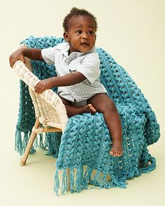 Bernat Softee Baby - Hairpin Lace Baby Blanket (free crochet pattern) #bernatbaby