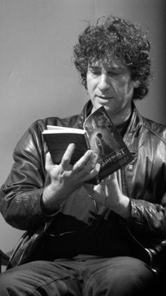 Neil Gaiman reading