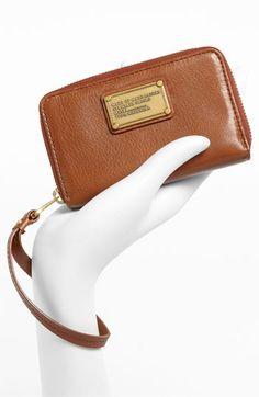 Marc Jacobs iPhone wristlet