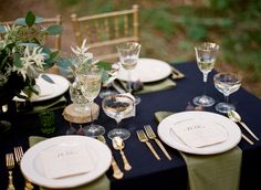 Gorgeous blues and greens at a Kentucky wedding courtesy of ruffledblog.com. #startlemenow #startle #forbestravelguide