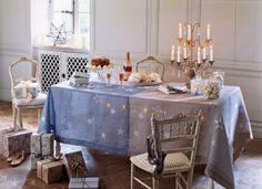 tablecloth, color blue