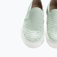 PRINTED LEATHER SLIP-ON WITH TRACK SOLE from Zara