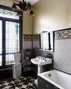 Elle Decor France Editor's Classic Paris Apartment