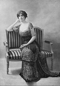 Robe du soir par Drecoll, 1910.