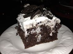 Oreo Pudding Poke Cake Recipe