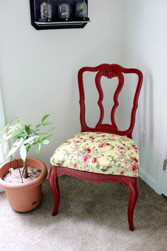 How to Reupholster a Dining Chair Seat + Dumpster Chair Reveal // Budget Girl --- My first try at reupholstering anything. It turned out so ...