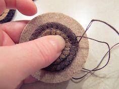 penny rugs, penni stitch, quilt, sew fun, pennies, craft idea, penni rug, prim craft, stitches